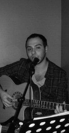 Anthony Graziani A casa di u populu corsu, paris, corse, corsica, culture corse, soirée, festa di a nazione, chant, paghella